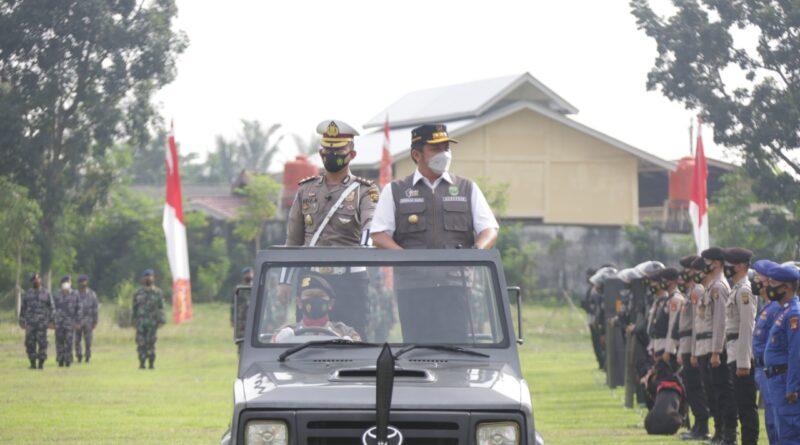 Foto: IST - Gubernur Sumsel H Herman Deru saat memimpin apel gabungan