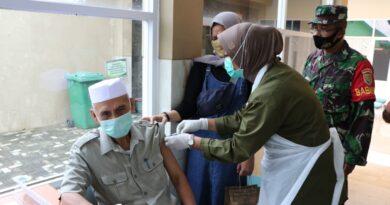 Foto: IST - Suasana vaksinasi yang digelar Kodam II Sriwijaya
