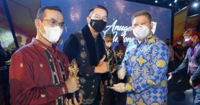 Foto: IST - Penghargaan yang diberikan kepada Muba