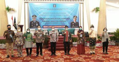 """teks:IST- Sultan Palembang, Sultan Mahmud Badaruddin (SMB) IV Jaya Wikrama R.M.Fauwaz Diradja,S.H.M.Kn yang menjadi nara sumber sosialisasi, promosi dan diseminasi Kekayaan Intelektual Komunal dengan tema """"Kekayaan Intelektual Komunal Sebagai Identitas Daerah"""", bertempat di Hotel Beston, Kamis (27/5)."""