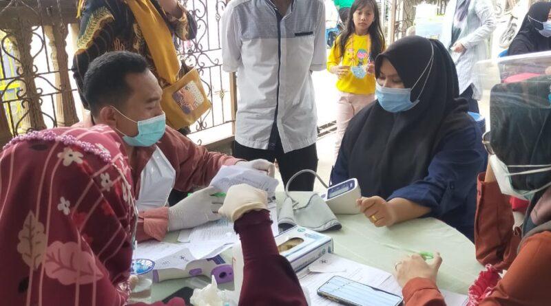 teks:IST- Kelurahan 5 Ulu di Rt 57 Vaksin 50 Lansia.